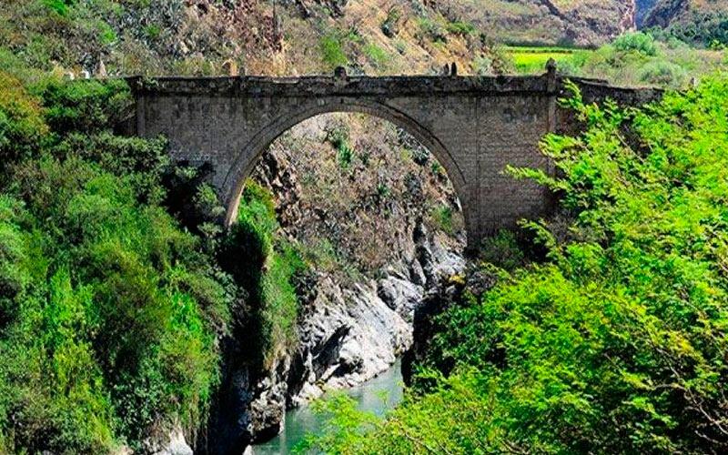 puente-pachacamac