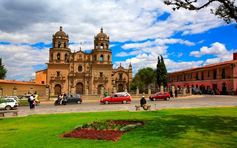 plaza_cajamarca